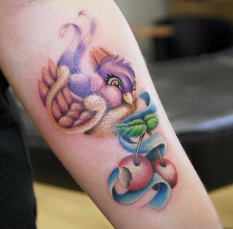Wild Spirit Tattoo Hameln – Vogel auf dem Arm