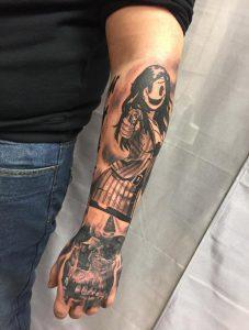 Comic Tattoo von einer Frau Wild Spirit Hameln