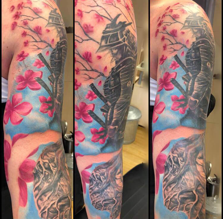 Tattoo SamuraI Kirschblüten auf dem Arm Tattoo Wild Spirit Hameln