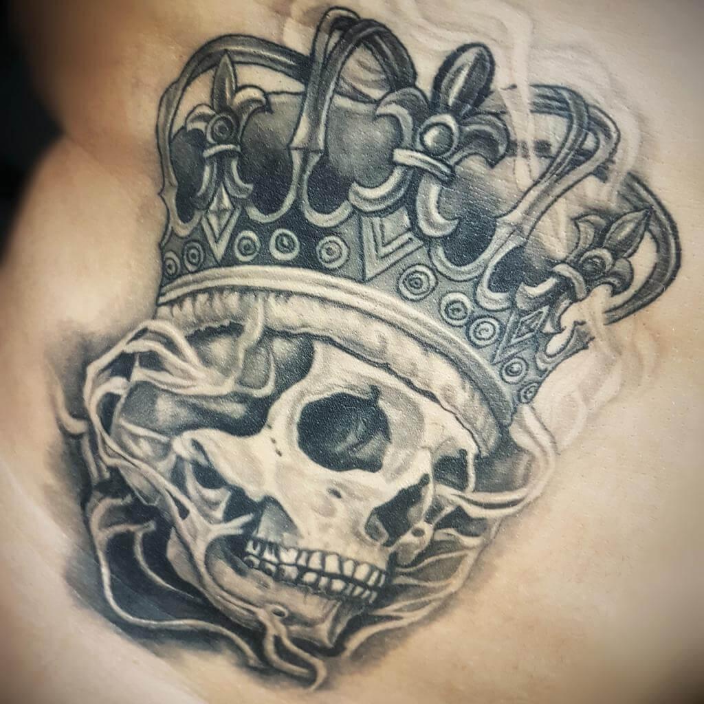 Totenkopf Tattoo von Wild Spirit Hameln